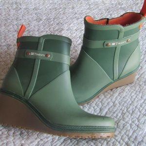 "Green Tretorn ""Emma"" Wedge Rain Booties Size 5"